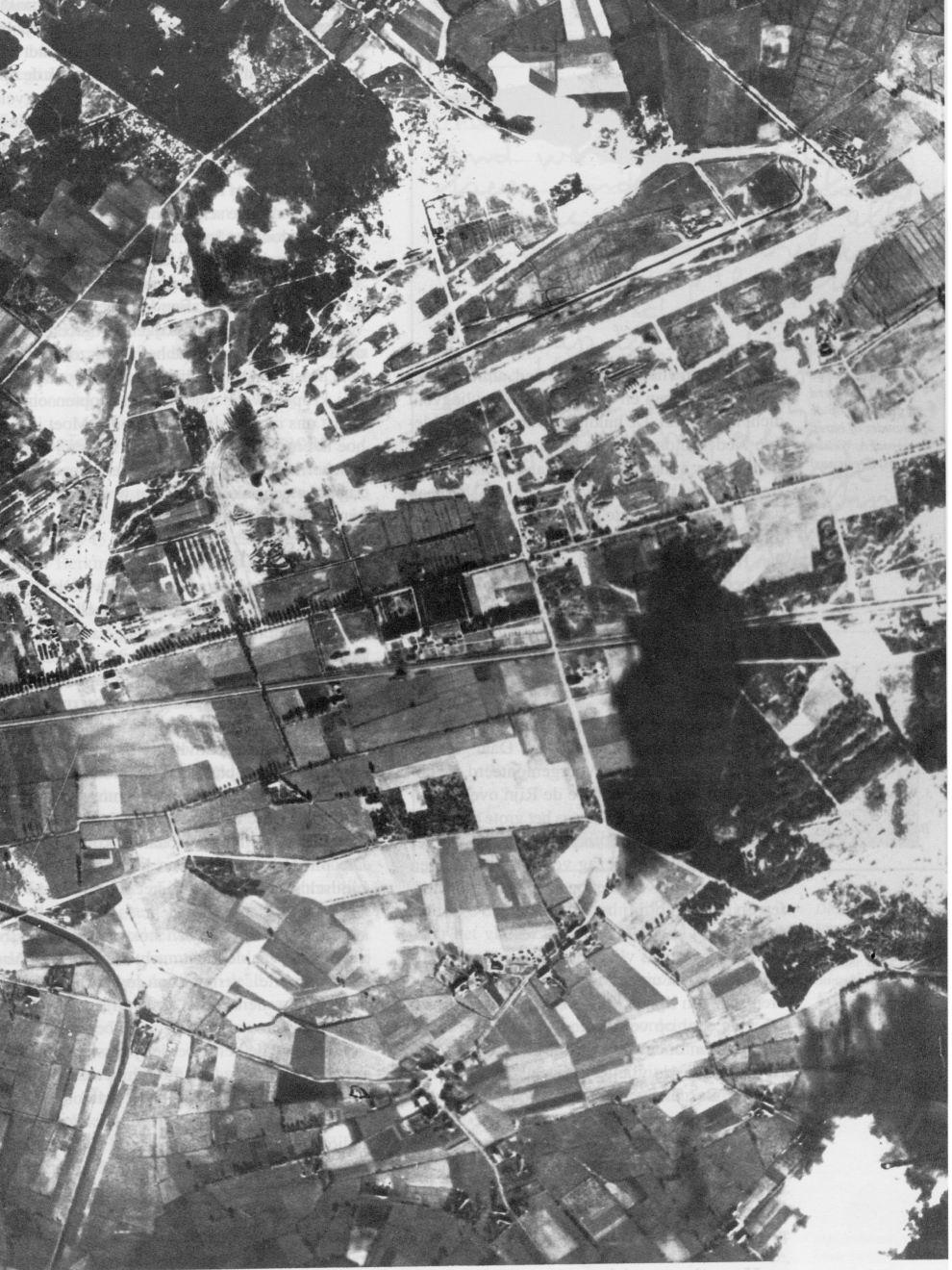 luchtfoto_vliegveld_221.jpg